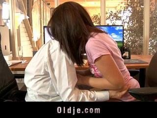 نيك لواط مع جوز الام